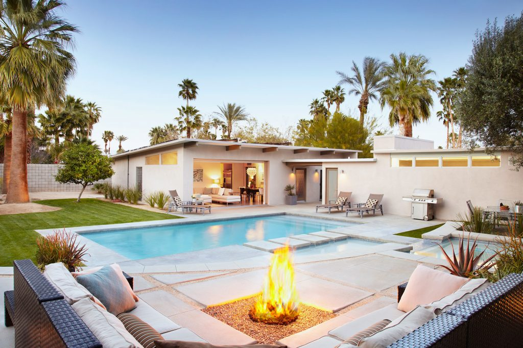 florida vacation rental pool fire pit palm trees